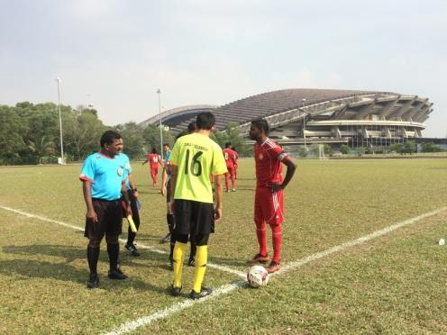Nafi mengambil tugas Captain selepas Fuad yang dipilih Awe tidak menjalankan tugas sebagai captain pada petang itu.
